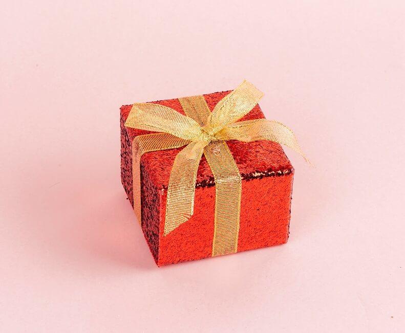 Bow box christmas 1660962
